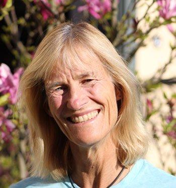 Dr Nadine von Enckevort